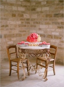 40-lovely-ideas-of-decorating-sweetheart-table-8-500x682